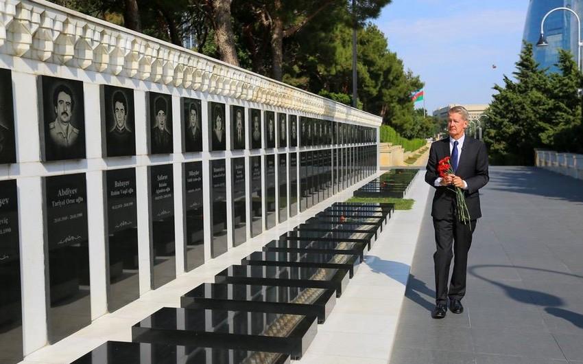 January 20 Martyrs are sign of Azerbaijan's independence: British Ambassador