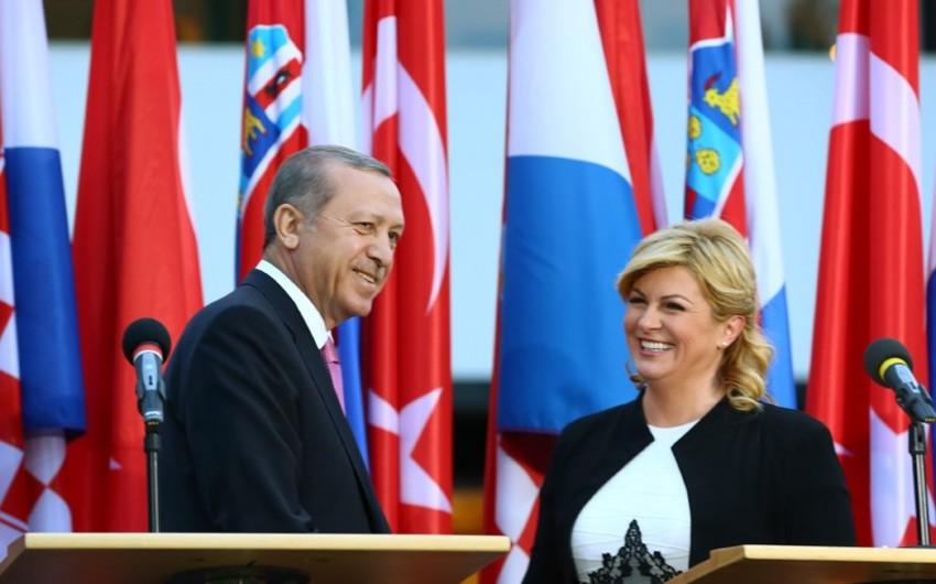 Ərdoğan Xorvatiya prezidenti ilə TANAP layihəsi ilə bağlı müzakirələr aparıb