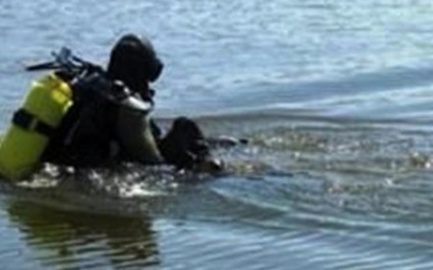 Abşeron rayonunda dənizdə batan iki nəfərin axtarışı davam edir