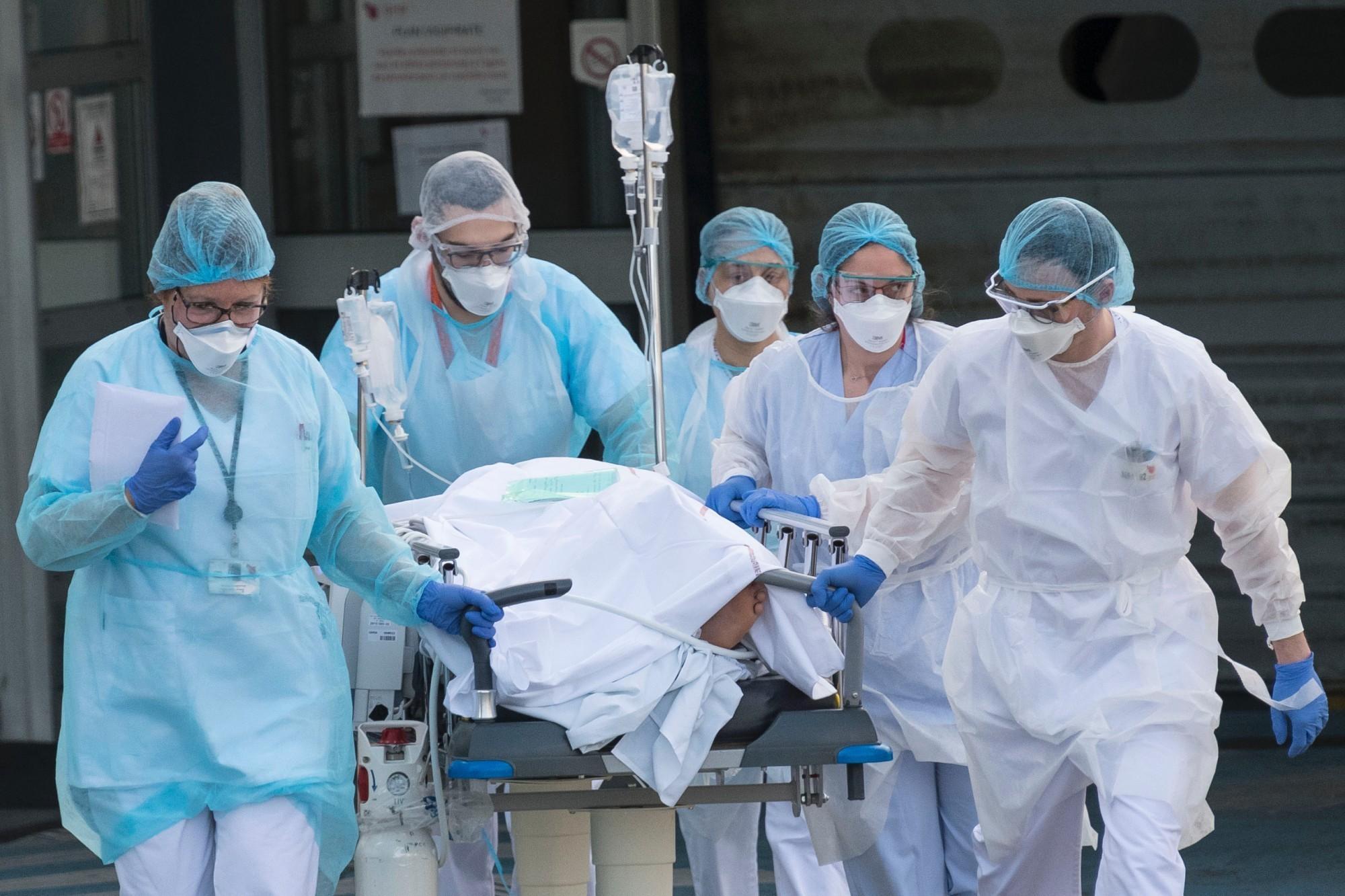 Больницы Хьюстона переполнены из-за роста случаев COVID-19