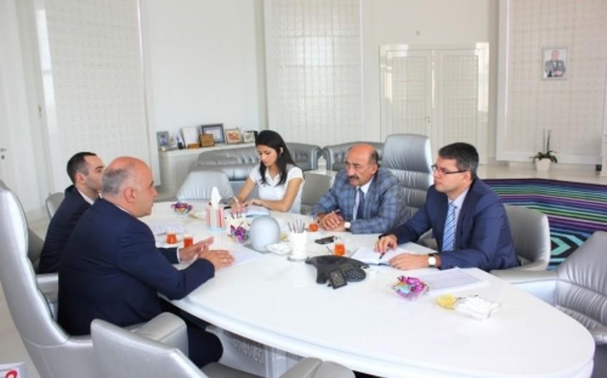 Azərbaycanla Gürcüstan arasında turizm sahəsində əməkdaşlığın genişləndirilməsi məsələləri müzakirə olunub