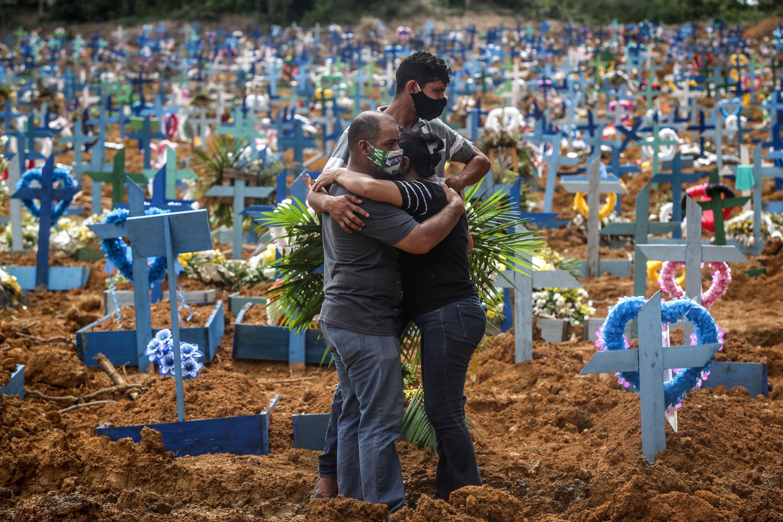 Braziliyada koronavirusa yoluxanların sayı 1,6 milyonu ötdü