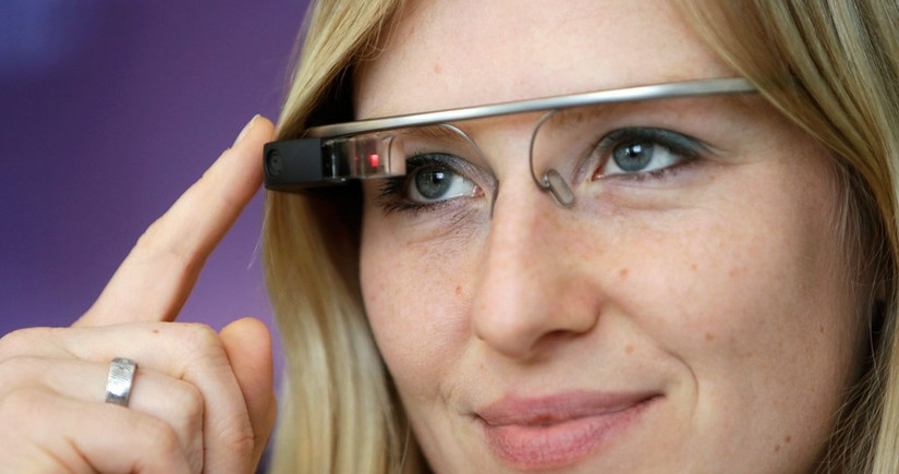 Spain introduces 'smart' glasses with face recognition feature