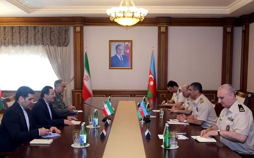 Azərbaycanla İran arasında hərbi əməkdaşlığın genişləndirilməsi müzakirə olunub