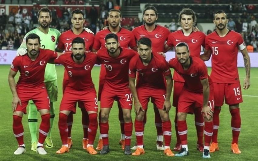 Türkiyə milli komandasının Rusiya və İsveçlə oyunlar üçün heyəti açıqlanıb