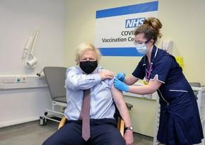 Boris Johnson receives Oxford-AstraZeneca vaccine