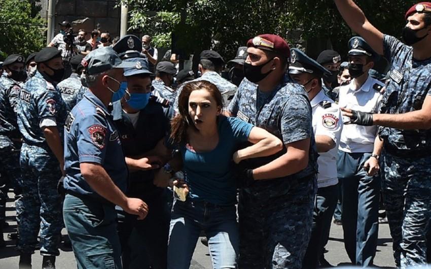 Ermənistanda 250-dən çox aksiyaçı saxlanılıb