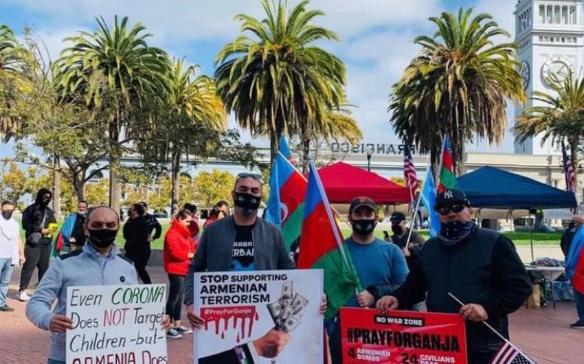 Kaliforniyada Gəncə terroru ilə bağlı etiraz aksiyası keçirilib