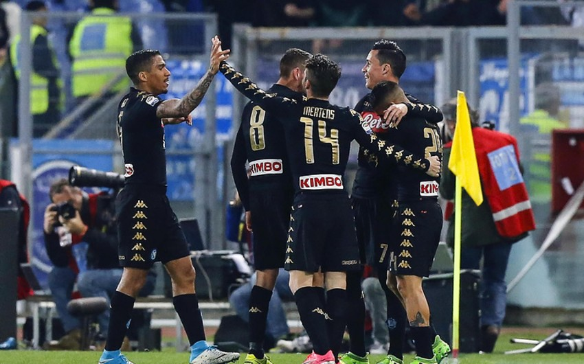 Наполи разгромил Лацио в матче чемпионата Италии по футболу