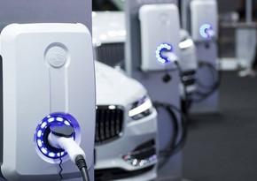 Azərbaycana elektromobil idxalı 35% azalıb