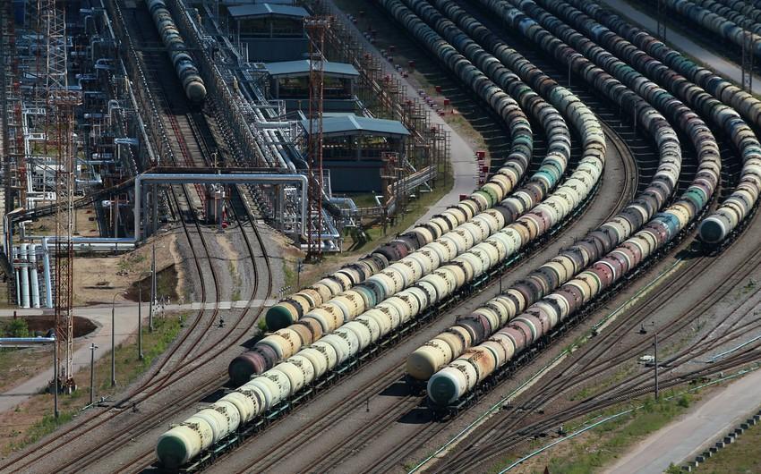 Азербайджан экспортировал 23,8 млн тонн нефти