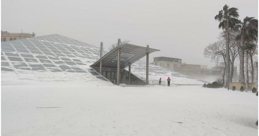 Bakıda son 9 ilin ən kəskin hava şəraiti qeydə alınıb