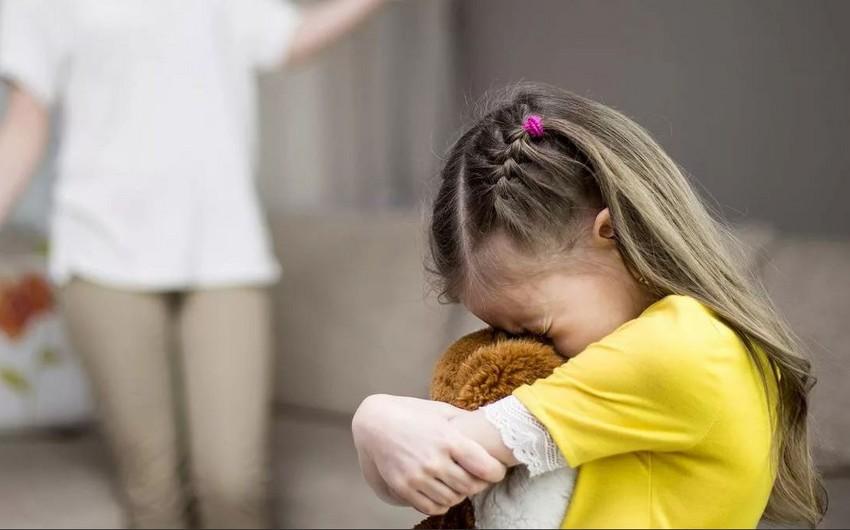 Şotlandiyada uşaqları döymək rəsmən qadağan olundu
