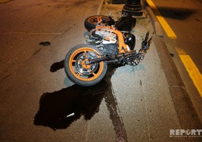 Авария в Баку, пострадал 18-летний мотоциклист