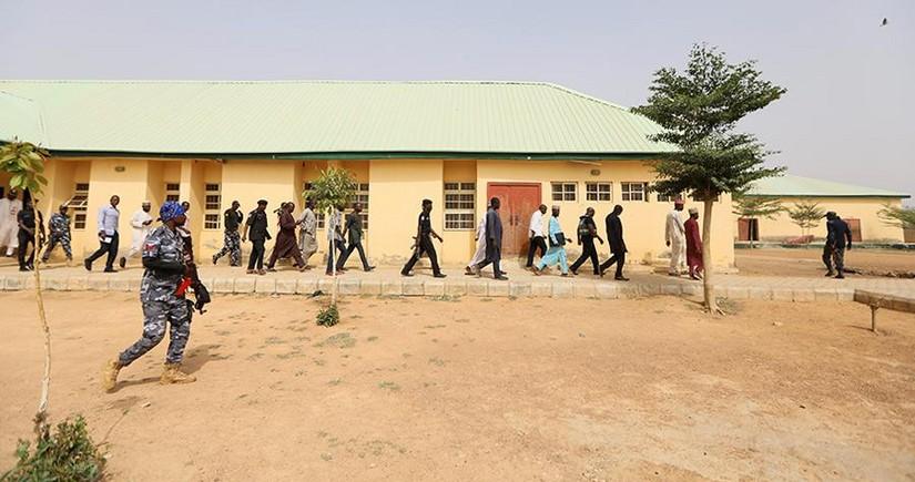 Nigeriyada 800-dən çox məhbus həbsxanadan qaçıb