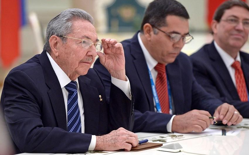Kuba lideri Trampla dialoqa hazır olduğunu bildirib