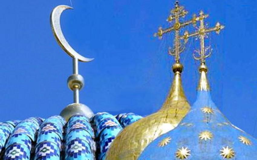 ABŞ-da tədqiqat: 2050-ci ilə qədər müsəlmanların sayı xristianların sayına bərabər olacaq