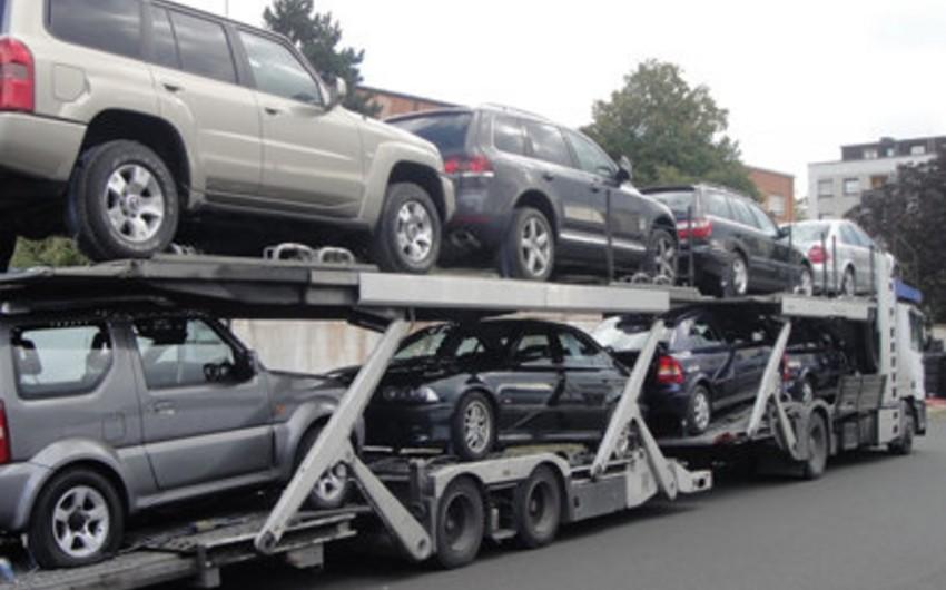 Azərbaycan ötən il avtomobil idxalını 40% azaldıb