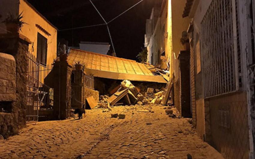 İtaliyada əldəqayırma bomba partlayıb: bir ölü, bir yaralı