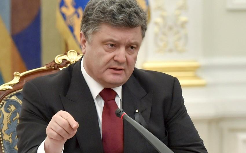 Ukrayna prezidenti Donbassı bir ilə qaytaracağına vəd verib