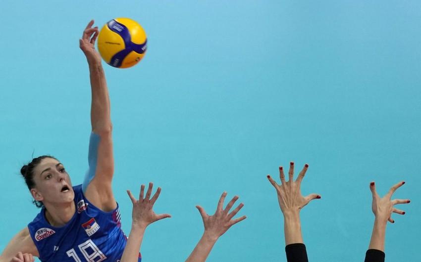 Qadın voleybolçular arasında Avropa çempionatının finalçıları məlum olub