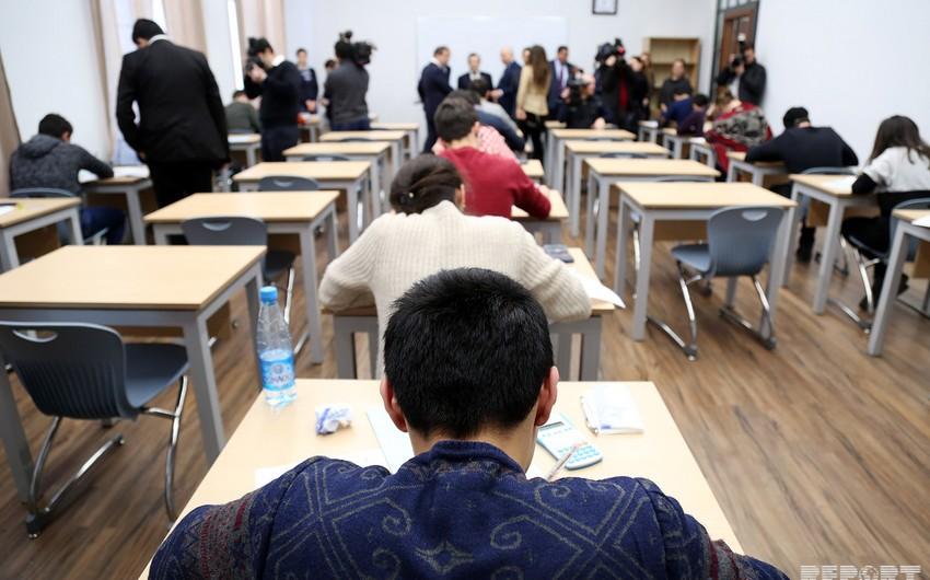 В АГУНП и UFAZ организовали медиа-тур для наблюдения за экзаменационным процессом - ФОТОРЕПОРТАЖ