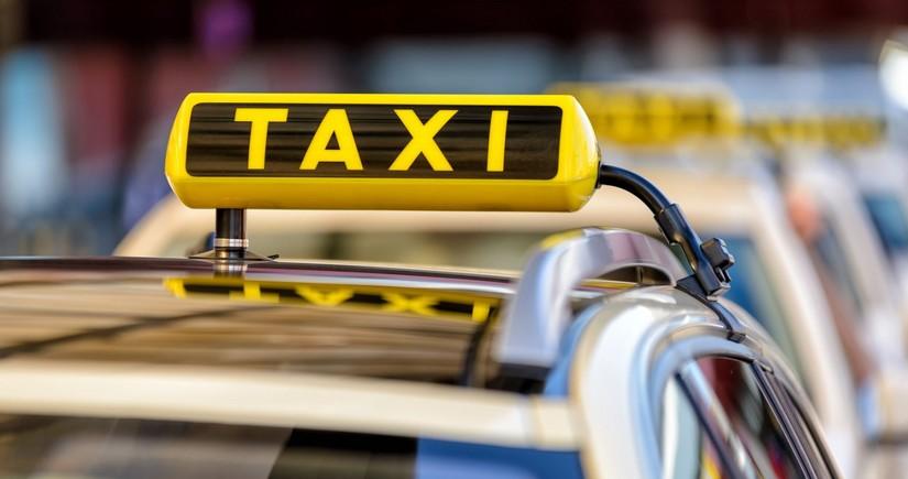 Taksi fəaliyyəti: Şirkətlər müştəri azlığından, sürücülər isə faizlərdən şikayətlənir
