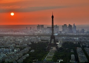 Во Франции ввели общенациональный карантин