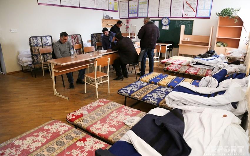 İcra Hakimiyyəti: Bayıl sürüşmə zonasından köçürülən 67 ailəyə bu gün kirayə pulu veriləcək