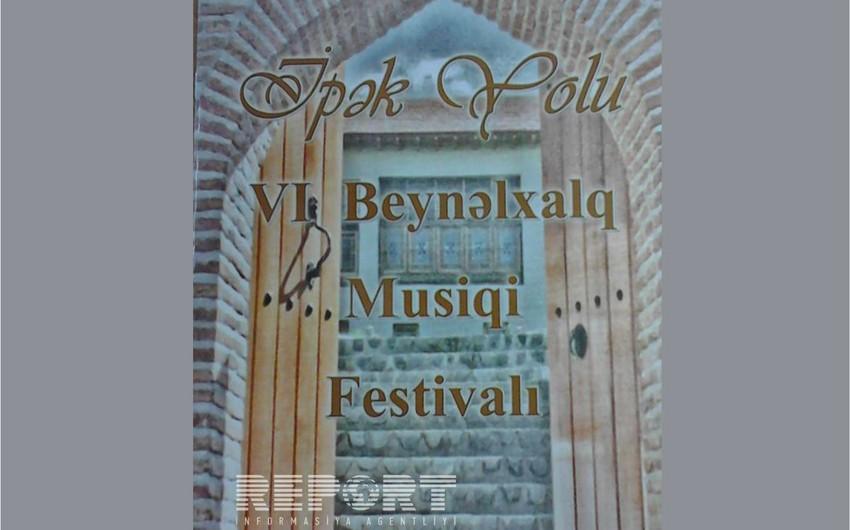 """Şəkidə """"İpək Yolu"""" VI Beynəlxalq Musiqi Festivalının açılışı olub"""