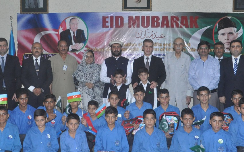 Heydər Əliyev Fondu Qurban bayramı ilə əlaqədar Pakistanda xeyriyyə tədbiri keçirib