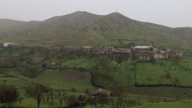 KİV: Talış kəndindən 370 erməni Ermənistana gedib
