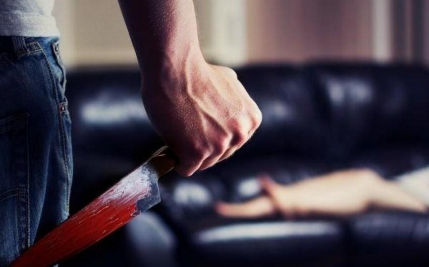 Şamaxıda kişi həyat yoldaşının baş və üz nahiyələrinə 4 bıçaq zərbəsi vurub