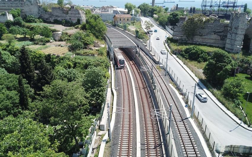 İstanbulun Avropa və Asiya hissəsini birləşdirən dəmir yolu xətti istismara verilib