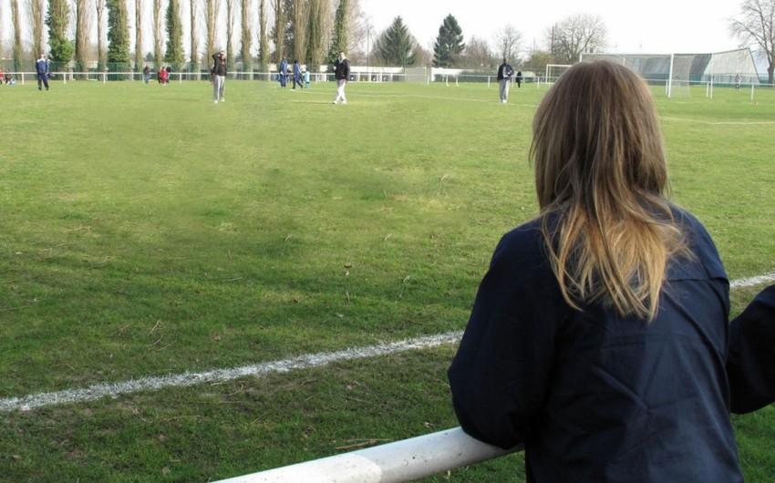 Fransada oyun zamanı futbolçu infarkt keçirib