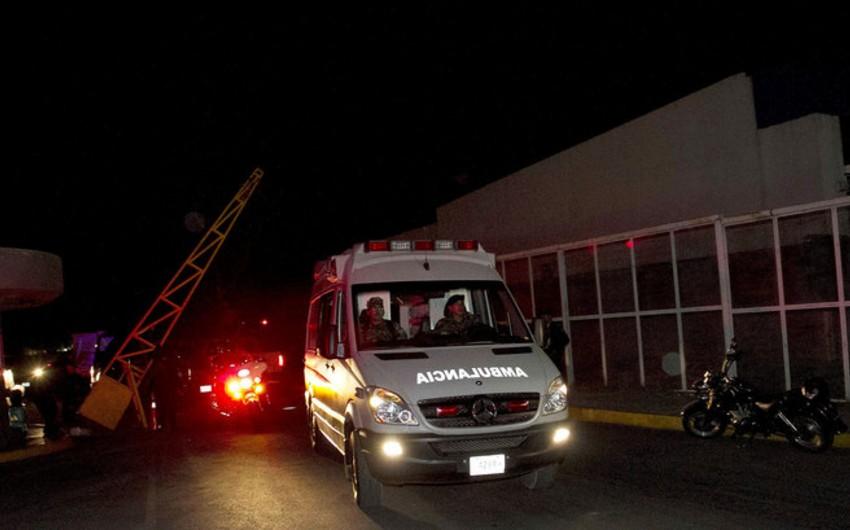 Meksikada avtobusla yük maşını toqquşub, 40 nəfər xəsarət alıb