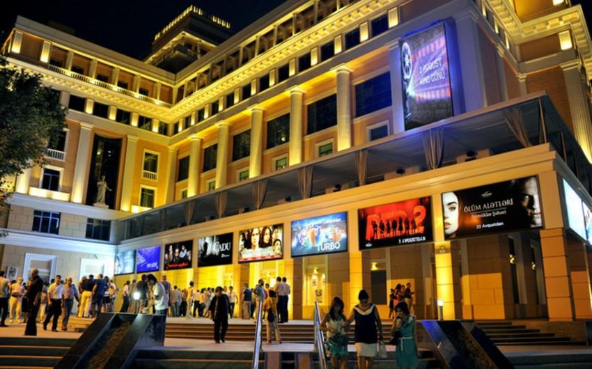Nizami Kino Mərkəzi repertuarında dəyişiklik edib