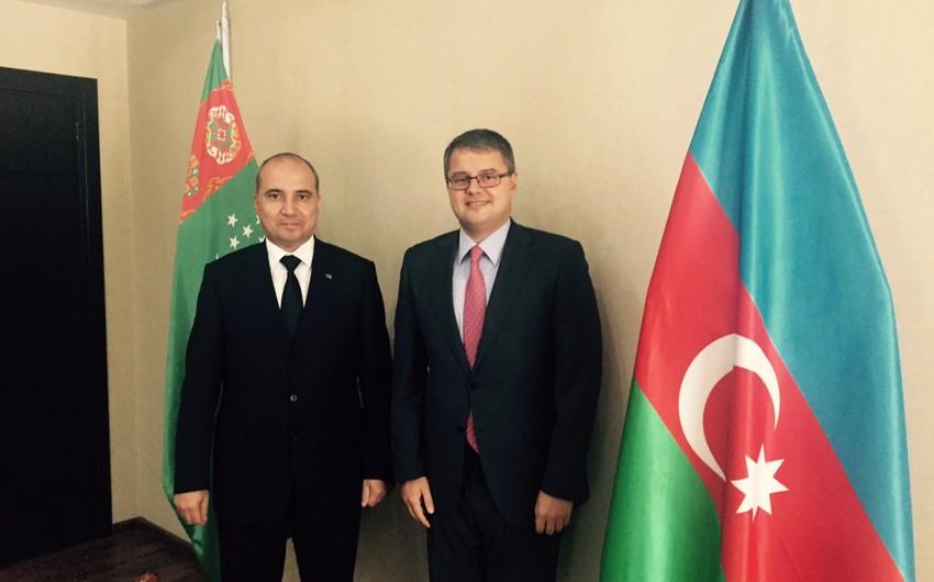 Nazim Səmədov Türkmənistanın Turizm üzrə Dövlət Komitəsinin sədri ilə görüşüb