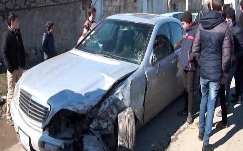 В Товузе произошло ДТП, пострадали два человека - ФОТО