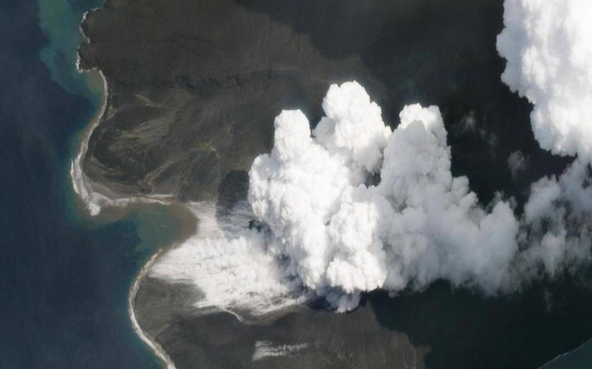 İndoneziyada Anak Krakatau vulkanı yenidən püskürüb