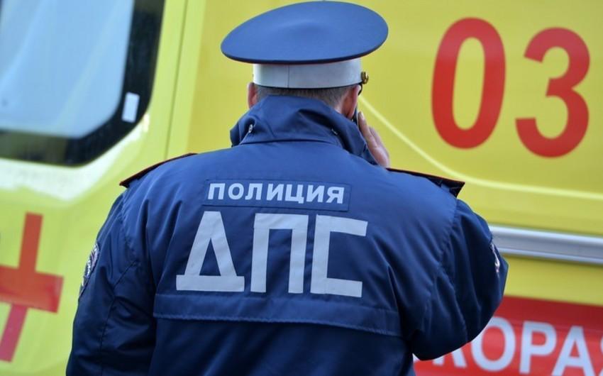 Rusiyada trolleybusla avtomobil toqquşub, 5 nəfər ölüb, 3 nəfər yaralanıb