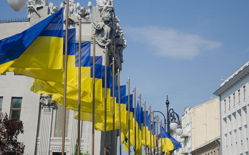 BMT-də Ukraynanın bloklara qoşulmayan ölkə statusundan imtina etmək qərarı şərh edilib