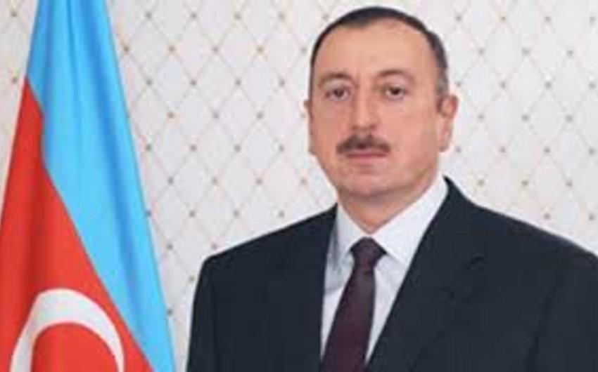 Ильхам Алиев поздравил президента Республики Союз Мьянма