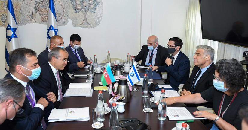 Mikayıl Cabbarov İsrailin xarici işlər naziri ilə görüşüb