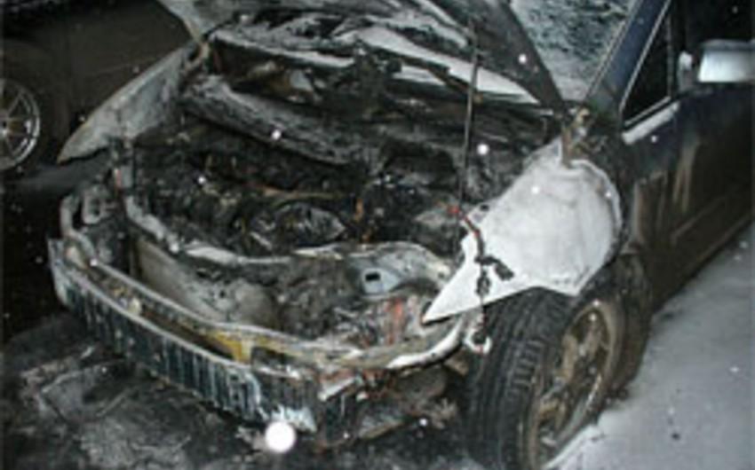 Abşeron rayonunda mikroavtobus yanıb