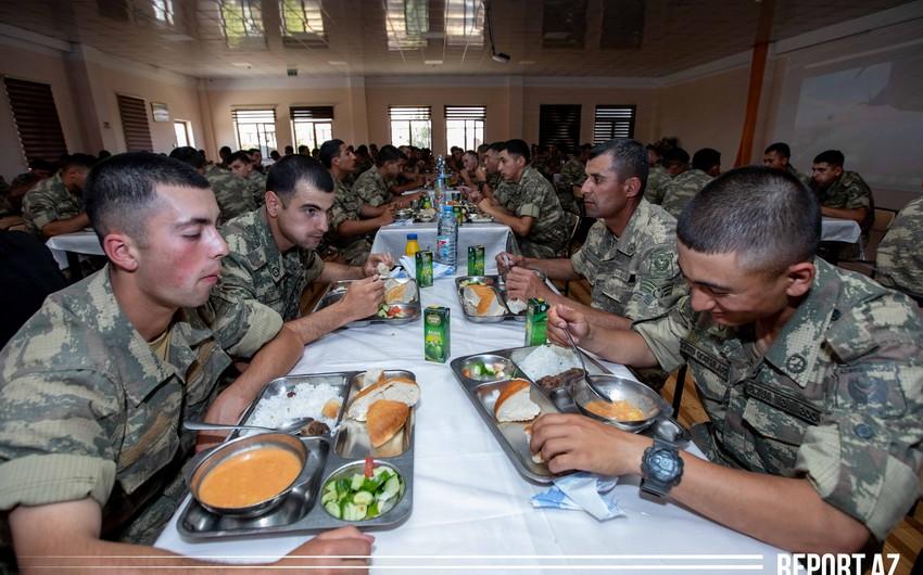 """Hello, Soldier!""  PHOTO REPORT"