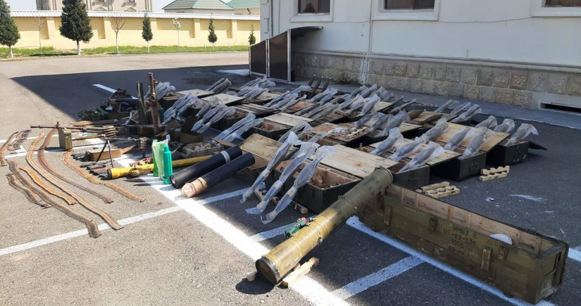 Numerous weapons and ammunition found in Fuzuli district
