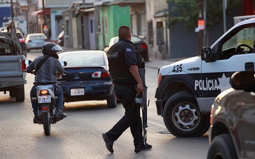 Meksikada iki cinayətkar qrup arasında münaqişə olub, 9 nəfər öldürülüb