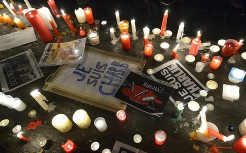 Fransada terror aktı qurbanlarının xatirəsi bir dəqiqəlik sükutla yad edilib