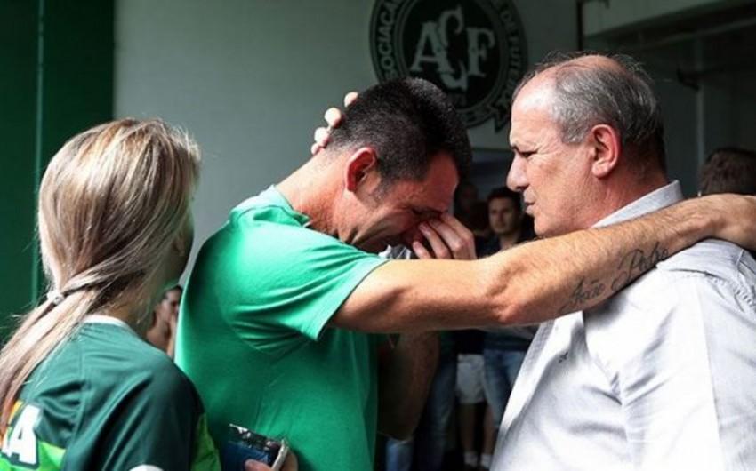 Вратарь клуба, футболисты которого погибли в авиакатастрофе, завершил карьеру